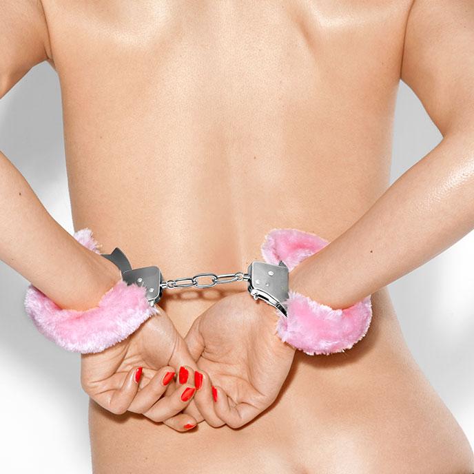 Метални белезници с плюш в розов цвят - Metal Handcuff with Plush Pink