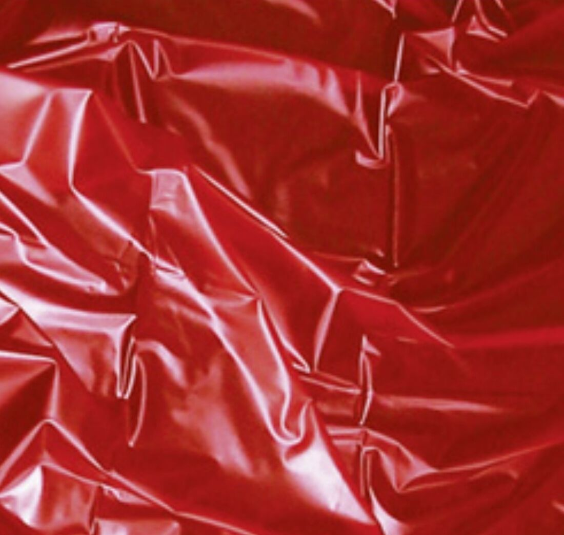 Винилов чаршаф за влажни игри, червен 180 х 200см. – Sexmax WetGAMES